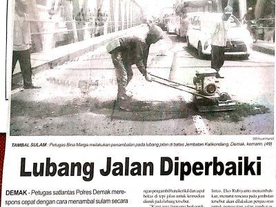 Lubang_Jalan_Diperbaiki